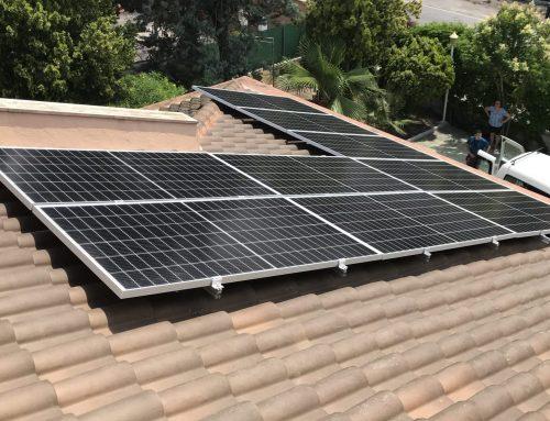 El papel del autoconsumo solar residencial en la nueva factura de la luz